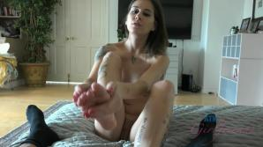 Kacie's hot mouth and talented hands make you cum so easily